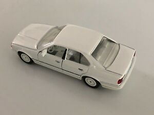 Rare Schabak 1:43 BMW 535i E34 in Triple Bright White Part #1150