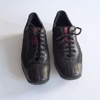 PRADA chaussures basquettes femme 37,5 noir