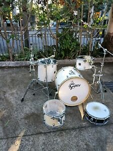 Gretsch Catalina Birch wood 5 piece drum kit & Pearl Chad Smith Snare