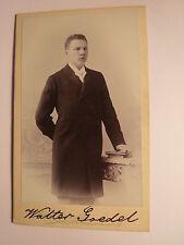Berlin - 1902 - Walter Goedel als stehender junger Mann - Buch - Kulisse/ CDV