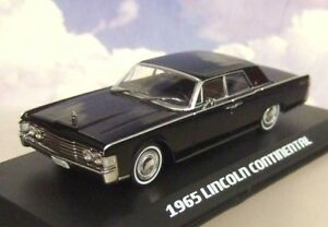 """GREENLIGHT 1/43 DIECAST 1965 LINCOLN CONTINENTAL FROM """"THE MATRIX"""" BLACK 86512"""