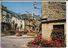 CP 56 Morbihan - Rochefort-en-Terre - Vieilles maisons de la place du puits