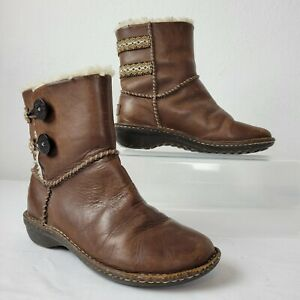 UGG Womens Lillie 3336 Brown Leather Sheepskin Lined Boots Sz 7