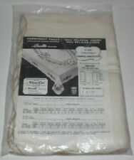"""Vintage Bucilla Embroidery Aristocrat 60""""x80"""" Stamped Linen Tablecloth #8094 New"""