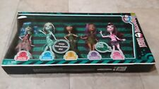 Monster High Skull Shores 5 Pack Exclusive Ghoulia Cleo Frankie Dolls NIB X4489