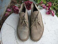 Clarks Original tan Suede  Chukka Desert Boot Men's size 8.5 M nice!