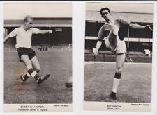 FOOTBALL POSTCARDS UNUSED BOBBY CHARLTON & RON VERNON MANCHESTER UNITED