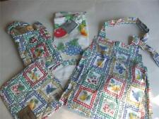New 4 Pc Kitchen Set Apron Towel Hot Pad Holder Oven Mitt Gingham Fruits