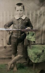 VICTORIAN AMERICAN BAREFOOT POOR BOY FASHION TINTYPE WET COLLODION PROCESS PHOTO