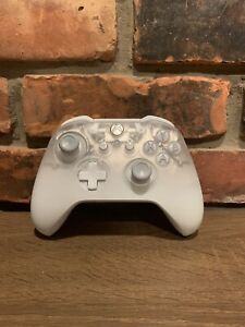 OEM Microsoft Xbox One Phantom White Wireless Controller Tested And Working
