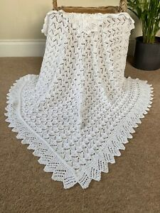BEAUTIFUL HAND KNITTED BABY SHAWL - TEXTURED LACE - WHITE