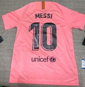 """*NEW* Lionel Messi Signed FC Barcelona Jersey Inscribed """"Leo"""" (Beckett COA) Nike"""