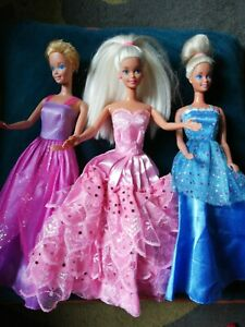 Barbie Doll Bundle vintage princess in clothes dresses