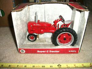 1/16 ERTL McCormick Farmall Case iH Super C narrow front tractor; nib