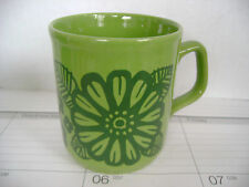 TABLE TOPS - GREEN FLOWER COFFEE MUG - CARTWRIGHTS - MADE IN ENGLAND