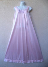 """Vintage Vanity Fair LONG NIGHTGOWN Silky Nylon Lace Trim BOW Nice Sweep 46"""" Bust"""