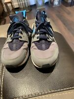 Genuine Men's Nike Huarache Trainers Size 9 See Description
