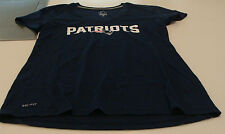 New England Patriots Ladies Everyday Legend V-Neck Performance T Shirt M