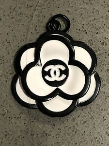 1 Chanel Camellia black white 29 mm Button Flower STAMPED