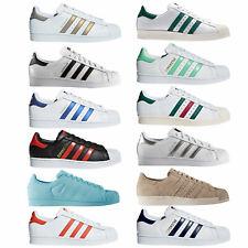 Adidas Originals Superstar Zapatilla Deportiva para Hombres de Deporte Casuales