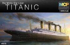 Academy 1/400 RMS Titanic White Star Line 14215