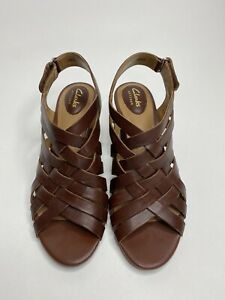 Women's Clarks Artisan Strappy Slingback Sandals Shoes •Size 8 *NWOB