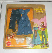 Vestito THE SUNSHINE FAMILY La Famiglia felice MATTEL Bambola Doll Dress-up 3
