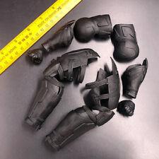 "Hottoys HT MMS432 1/6 Justice League Batman Medium Armored Model For 12"" Figure"