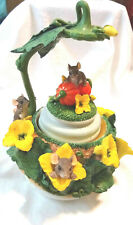 "Charming Tails ""Pumpkin Harvest Waterglobe"" Minus Waterglobe (Mouse) [Retired]"