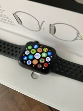 Apple Watch Series 5 Nike 44mm Space Gray Aluminum Case Cellular/GPS