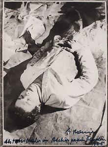 Arnulf Rainer, S/W Photographie von 1955, signiert und datiert.