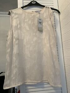 Next Womens Ivory Delicate Nature Top Size 18 Bnwt