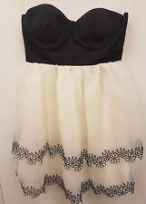 Ladies Lipsy London Black/White Wedding Party Dress Size UK 8