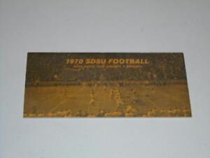 1970 SOUTH DAKOTA STATE COLLEGE FOOTBALL MEDIA GUIDE EX-MINT BOX 34