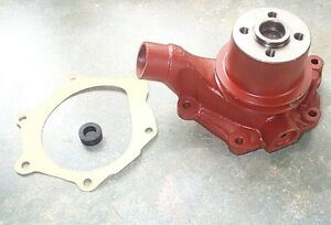 DAVID BROWN WATER PUMP TO FIT 1210,1212,990,1412 ETC,WITH GASKET AND PULLEY.NEW
