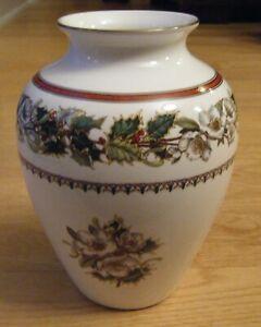 """Vintage Spode """"Christmas Rose"""" Vase, Fine Porcelain England"""