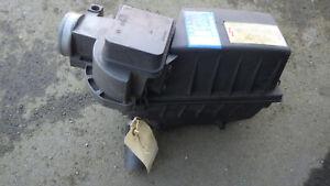 Luftmassenmesser mit Luftfilterkasten, VW Golf I Cabrio 2H Motor, Nr. 037906301