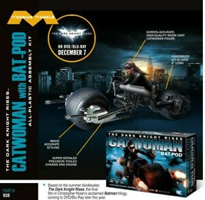 Moebius Models 938 1:18 Catwoman with Batpod