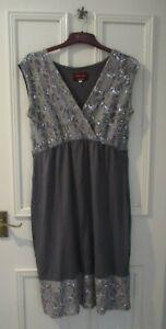 Tiffany Rose Twilight Maternity Bridesmaid/Prom/Evening Dress Size 4 (UK 14-16)