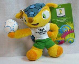 """NEW 2014 FIFA Soccer World Cup Brazil 5.5"""" Official Mascot Plush Fuleco Keychain"""