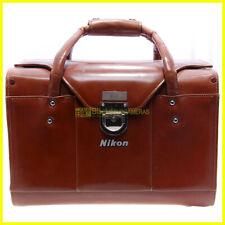 Bauletto Nikon in pelle per attrezzatura. Borsa anni '70. Valigetta cuoio. Bag.