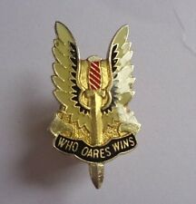 WHO DARES WINS ENAMEL LAPEL BADGE