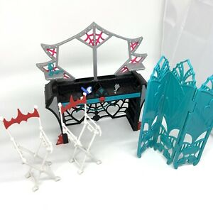 Frights Camera Action Dressing Room Playset- Monster high- Not Complete