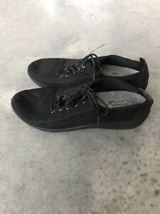 Clarks Clark's Cloud Stoppers Black Womens Cushion Comfort Sneakers Size 7.5 M