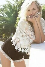 Stone Cold Fox Black Velvet White Lace Trim Shorts Size 1 XS
