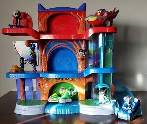 Disney's Pj masks lot deluxe playset HQ headquarters figures/vehicles