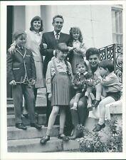 1964 Pumkin Eater Original Press Photo Peter Finch Anne Bancroft