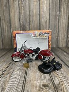 """1948 Indian Chief (1:10) RARE """"Electra Glide"""" Burgundy Diecast, Guiloy (#17227)"""