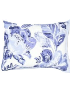 """Opalhouse Floral Tufted Pillow Sham Standard 20"""" x 26"""" Blue And White"""