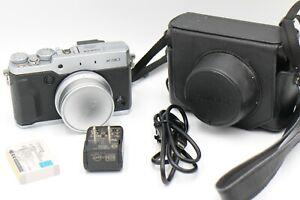 Fuji Fujifilm X30 12MP Digital Camera w/4x Zoom-silver
